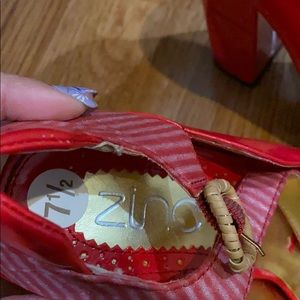 zinc Shoes - Free with purchase